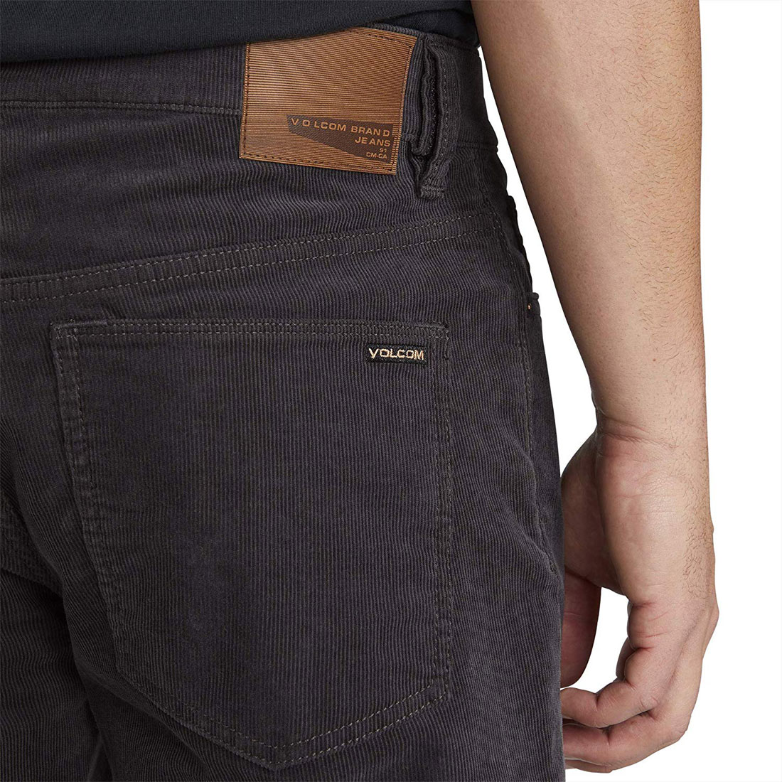 Volcom Para Hombre Calce Moderno Solucionador De Bolsillo Pantalones De Pana Asfalto Negro Calce Moderno Ebay